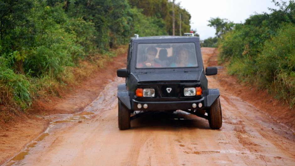 mobius-une-voiture-faite-l-afrique-1654198