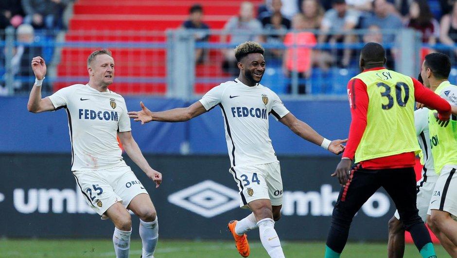Ligue 1 : Lyon et Monaco mettent la pression sur l'OM, Metz relégué