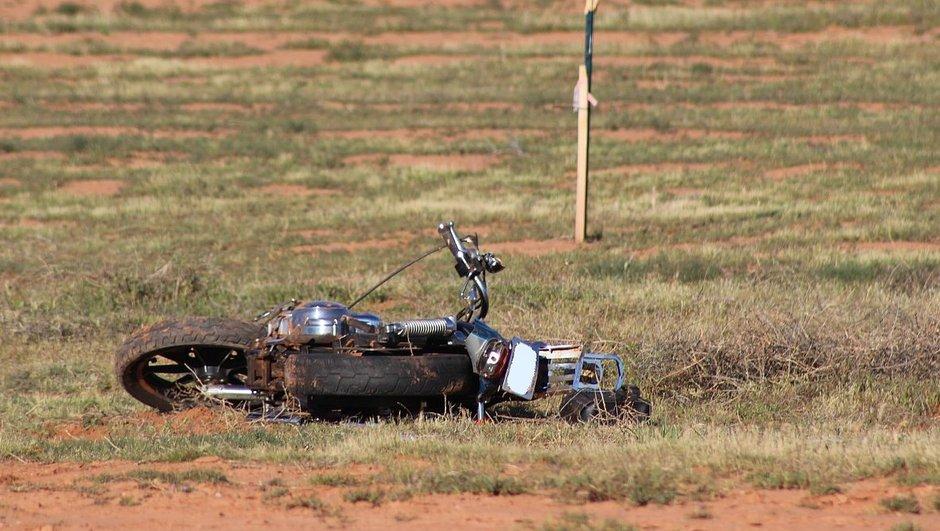 un-motard-retrouve-vivant-quatre-jours-apres-un-accident-6252528