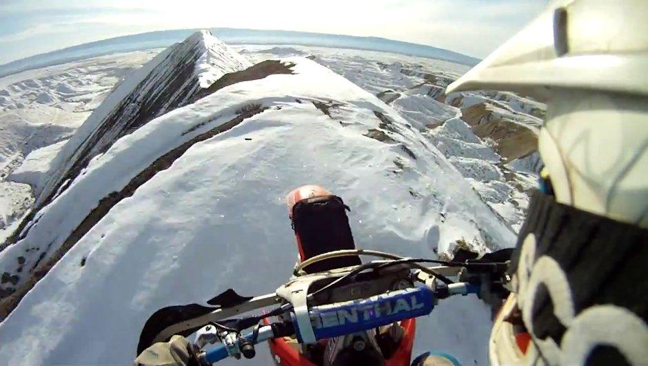 Insolite : du motocross au sommet d'une montagne !
