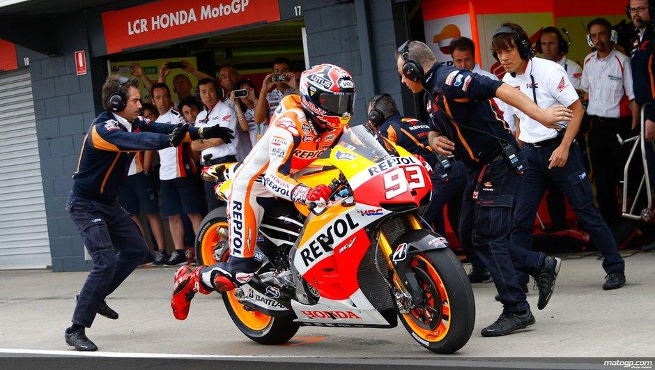 MotoGP - Australie 2013 : les réactions de Marquez suite à son drapeau noir