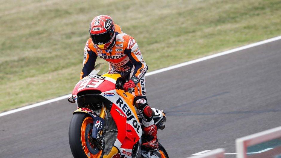 MotoGP – Misano 2015 : Marquez vainqueur dans la tension, Baz 4e