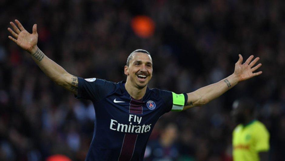 Zlatan annonce son arrivée à Man United !