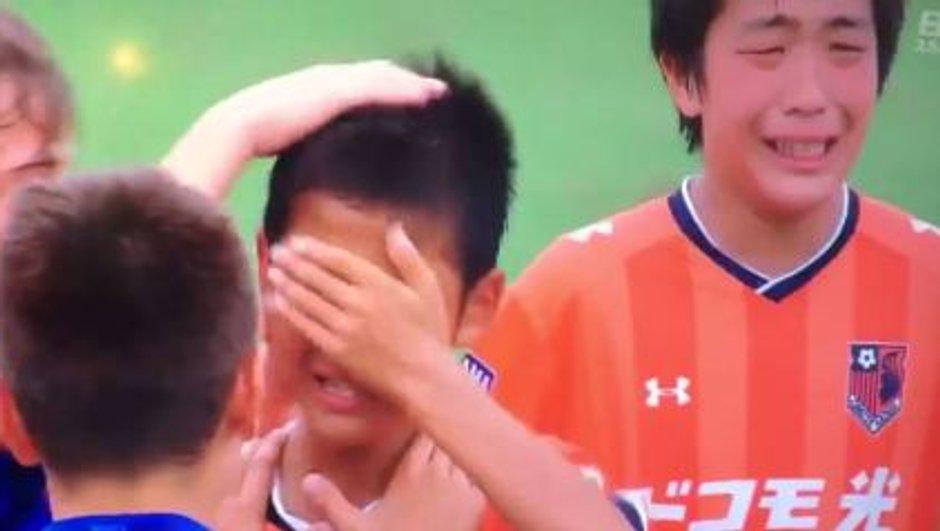 L'exemplarité sur le terrain des jeunes du Barça !