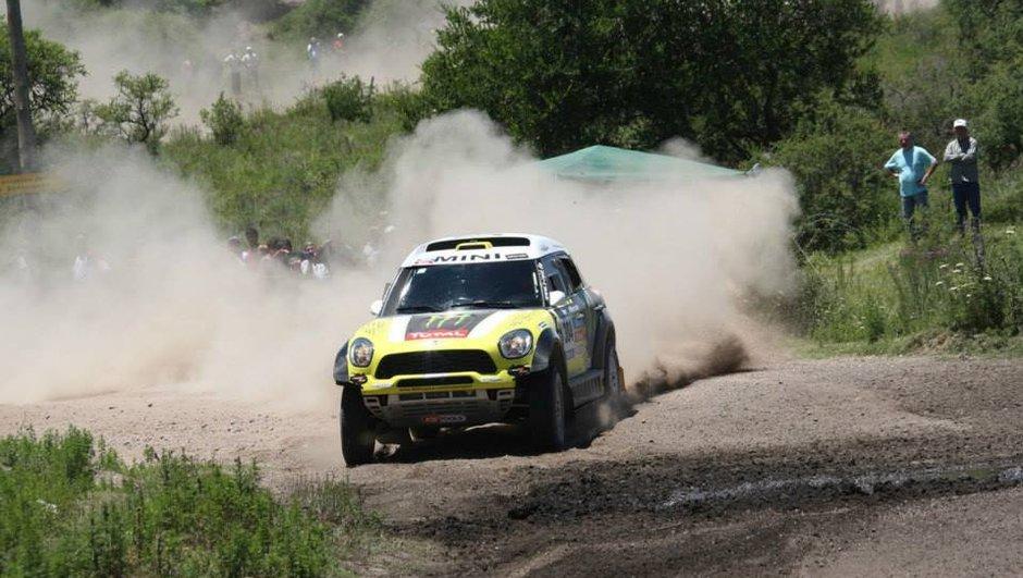 Dakar 2014 - Etape 3 Auto : Nani Roma au top de sa forme