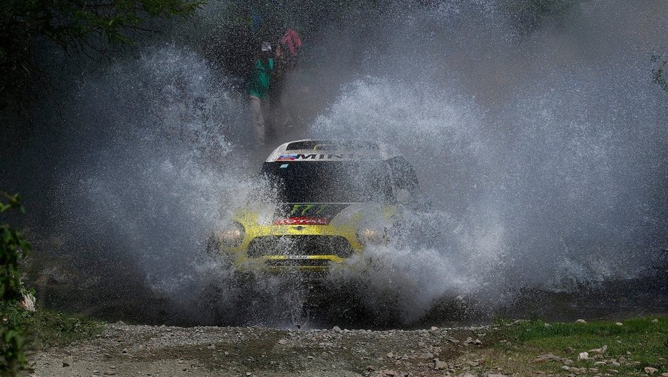 Dakar 2014 - 8e étape Auto : Nani Roma perd du terrain