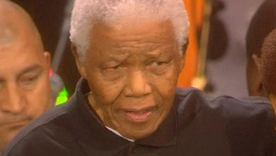 Deuil : Nelson Mandela n'assistera pas au match d'ouverture de la Coupe du Monde