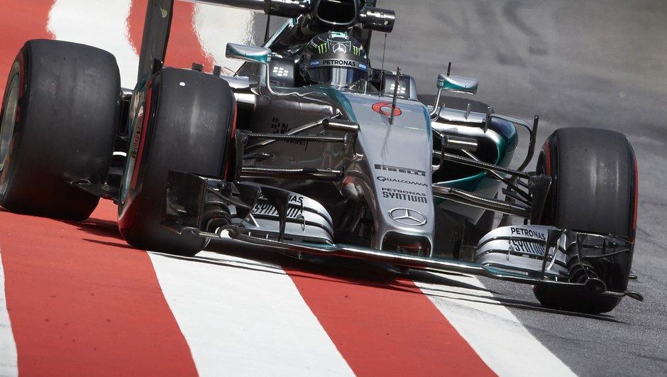 F1 – GP de Grande-Bretagne 2015 : Rosberg le plus rapide lors des Essais Libres 2