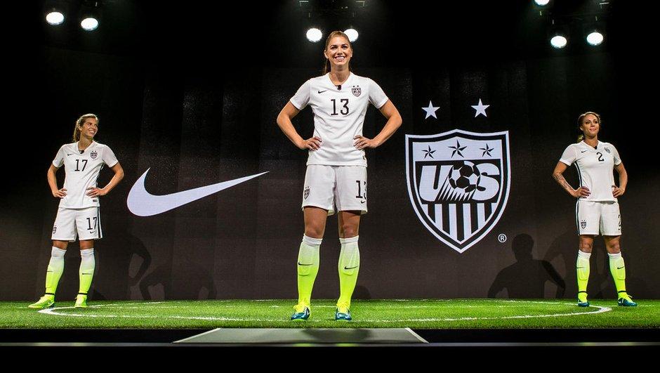 Bad Buzz : Pourquoi le nouveau maillot de la Team USA Women fait polémique