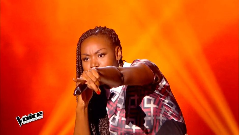"""The Voice 4 - Vidéo : Nina place un rap sur """"Moi Lolita"""" et rejoint la Team Zazie"""