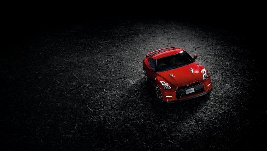 Plus de puissance, plus de confort pour la Nissan GT-R 2014