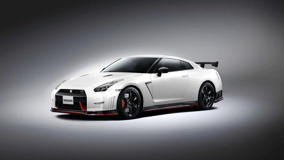 Nissan GT-R NISMO 2014 : 595 chevaux et une tenue de sport