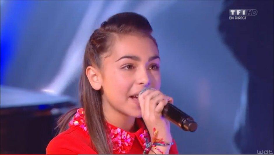 carla-gagnante-de-the-voice-kids-a-ebloui-scene-nrj-music-awards-2014-9055970