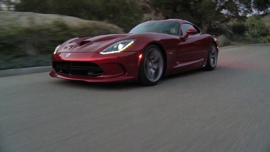 La nouvelle SRT Viper 2013 en vidéo