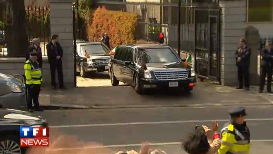 Insolite : la voiture d'Obama coincée sur un dos d'âne !