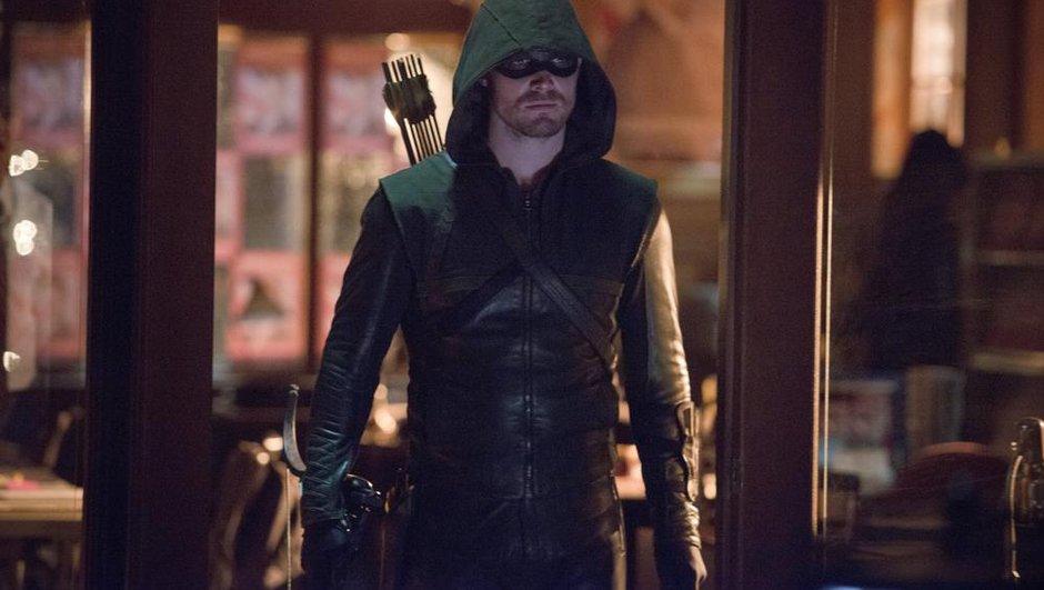 REPLAY : 3 nouveaux épisodes inédits de la saison 2 d'Arrow