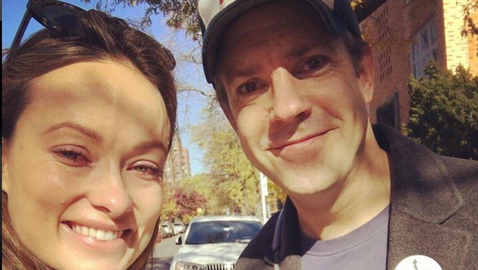 Dr House : Olivia Wilde émue aux larmes en emmenant sa fille voter à l'élection américaine