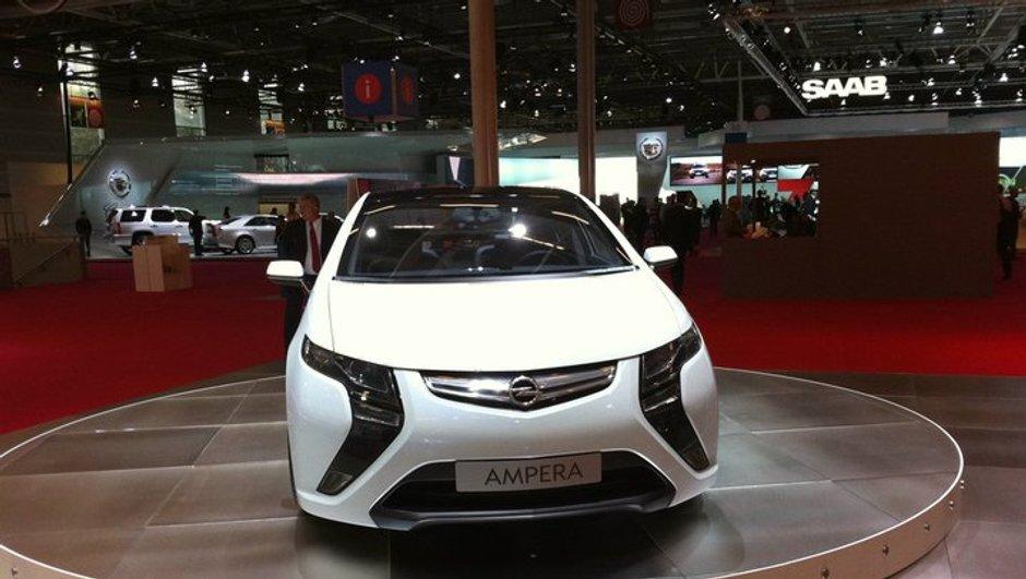 Mondial de l'Auto 2010 : Chevrolet Volt, une électrique qui cache un côté hybride