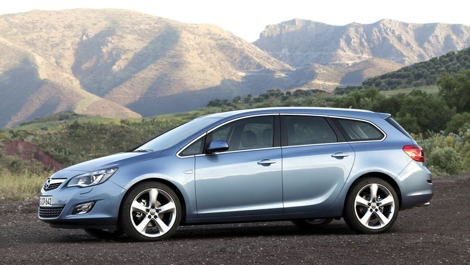 opel-astra-sports-tourer-break-compact-style-1503495