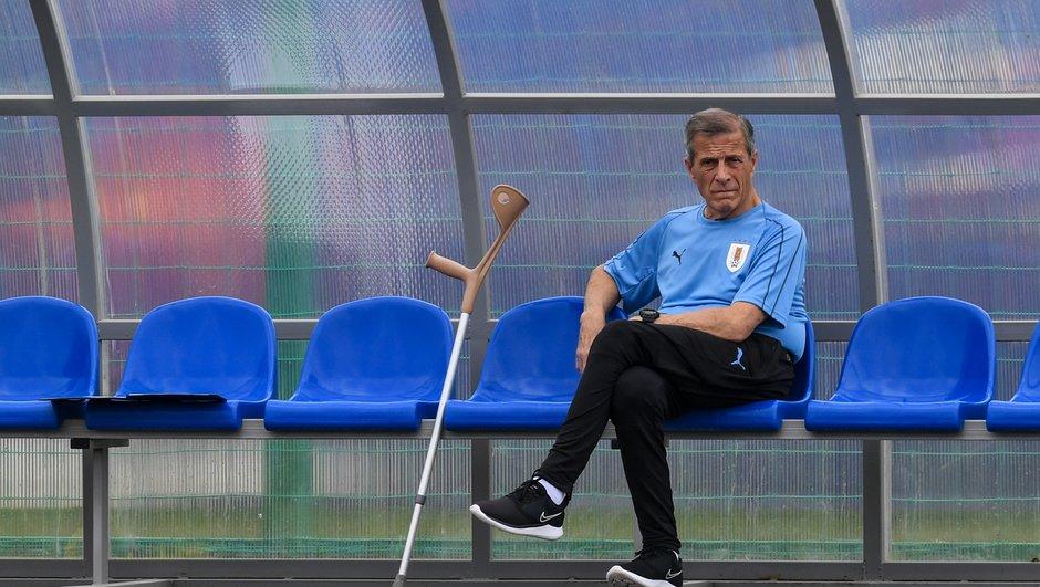 avant-match-france-uruguay-vendredi-tf1-oscar-tabarez-selectionneur-uruguayen-architecte-de-la-celeste-6262140