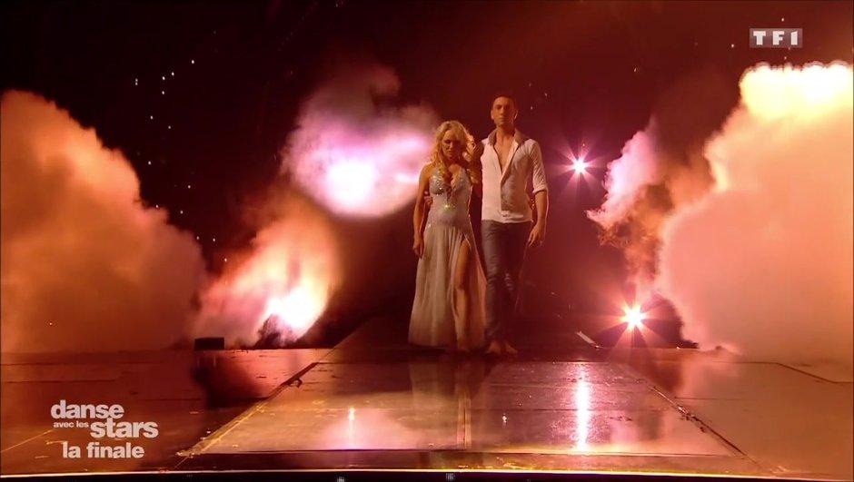 Moment émotion – Pamela Anderson et Maxime Dereymez dansent en hommage aux victimes des incendies en Californie