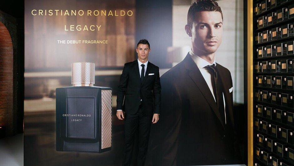 Real Madrid : Cristiano Ronaldo lance son parfum
