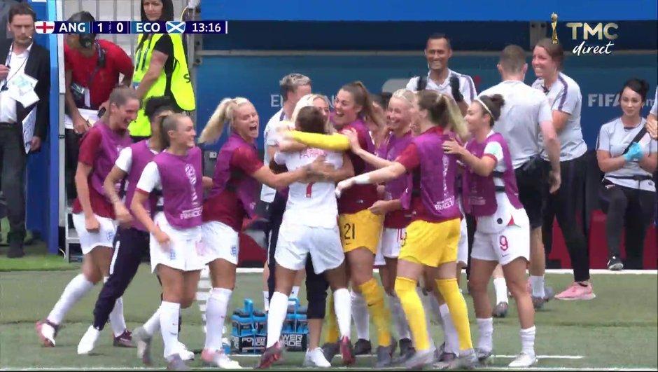 Angleterre-Ecosse - L'ouverture du score de Parris en vidéo