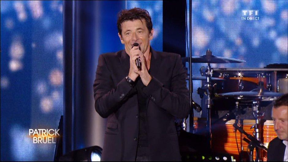 """VIDEO. Patrick Bruel chante """"Qui a le droit"""" en Live sur TF1 (paroles)"""