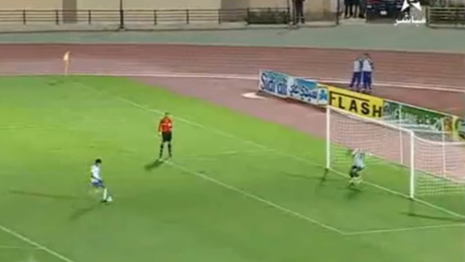 insolite-un-incroyable-penalty-1736531