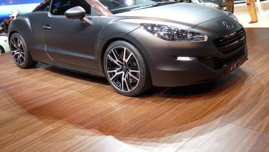 Mondial de l'Auto 2012 : Peugeot RCZ séduisant, RCZ-R Concept convaincant