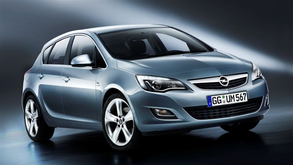 Opel Astra : l'habitacle se dévoile