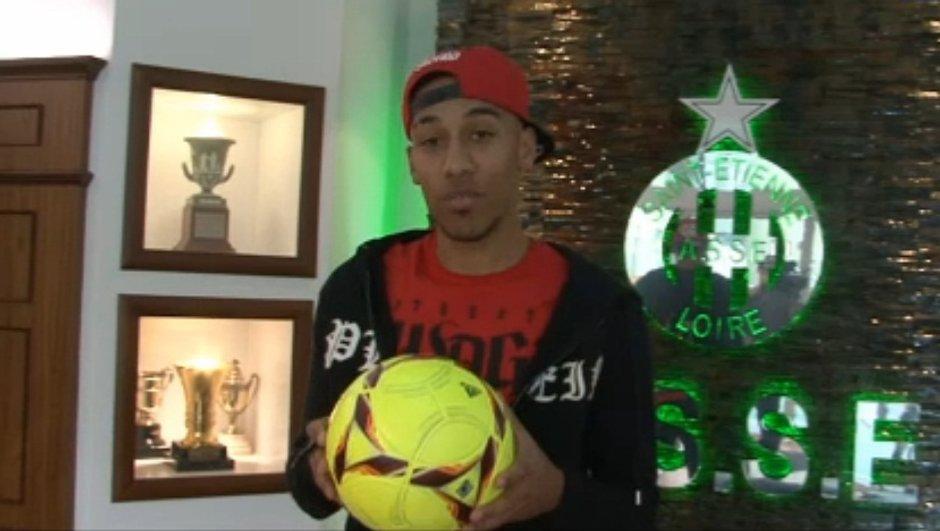 Grand jeu Téléfoot : Gagnez un ballon offert par Aubameyang !