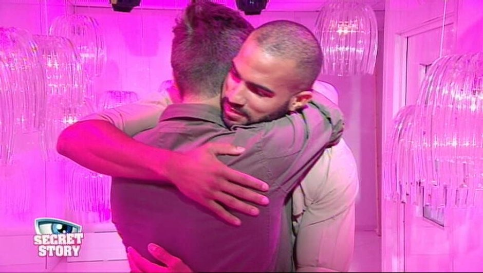 Pierre quitte Secret Story 10
