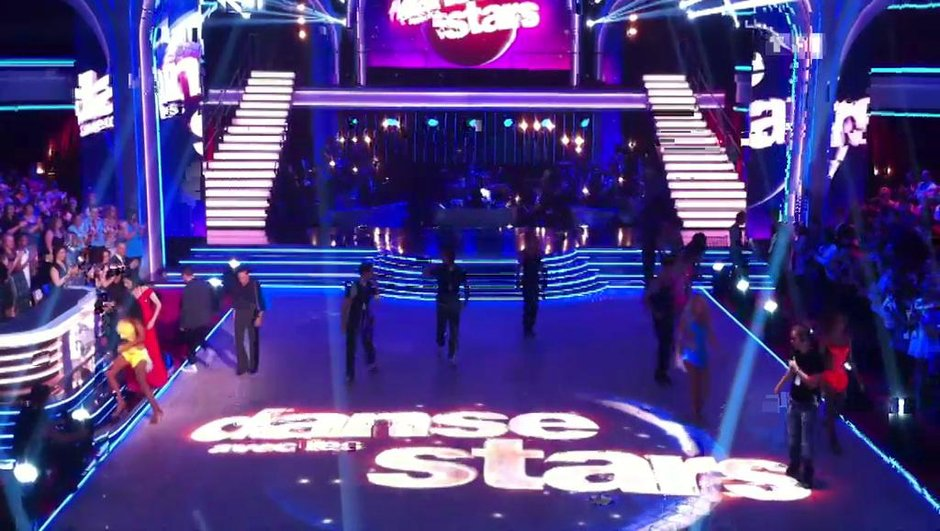 celebrites-regardent-danse-stars-5405317