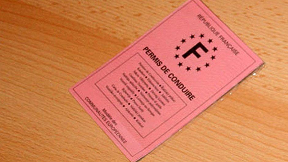 bientot-un-permis-de-conduire-electronique-biometrique-0903937