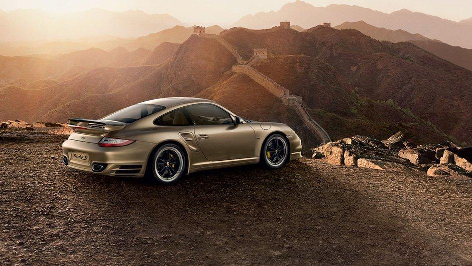 Porsche : une 911 façon or pour les 10 ans en Chine