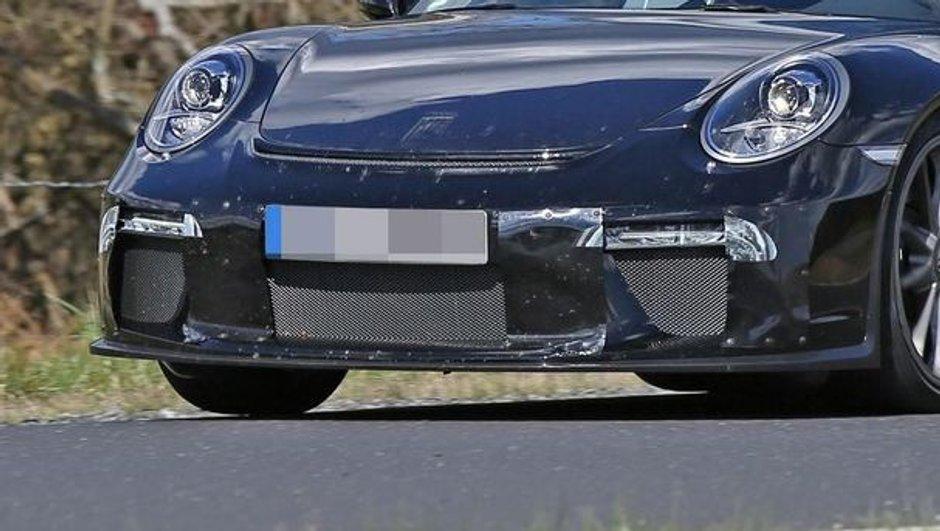 Scoop : La Porsche 911 GT3 réstylée aperçue sur le Nürburgring