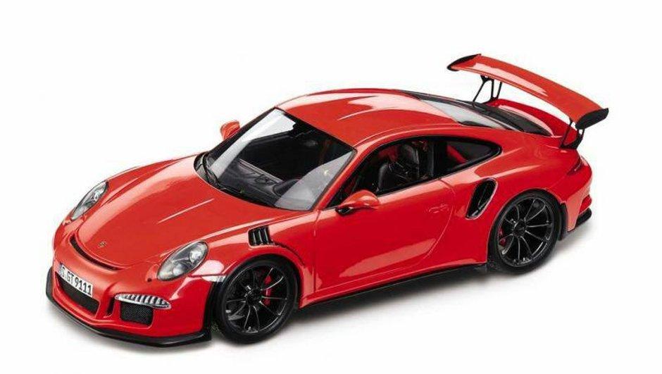 Future Porsche 911 GT3 RS 2014 : la miniature en fuite ?