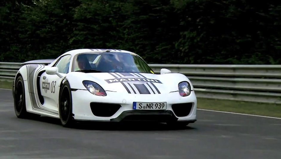 video-porsche-918-spyder-nuerburgring-7394336