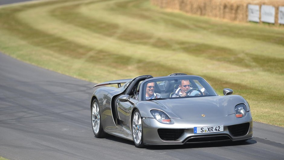 Porsche 918 Spyder : en action au Festival of Speed Goodwood 2013
