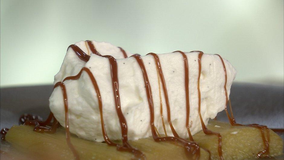 confit-de-rhubarbe-a-creme-chantilly-caramel-lait-4627040