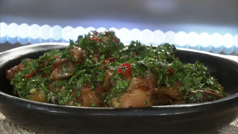 Cuisse de poulet rôti au beurre et piment à la gremolata