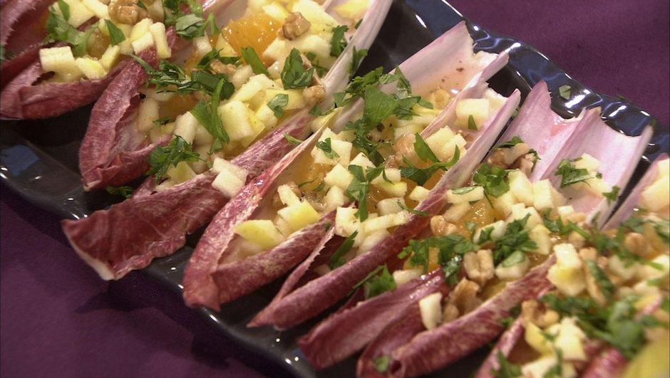 salade-d-endives-rouges-a-l-orange-aux-pommes-aux-noix-9897734