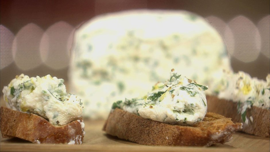 fromage-aux-fines-herbes-maison-6058830