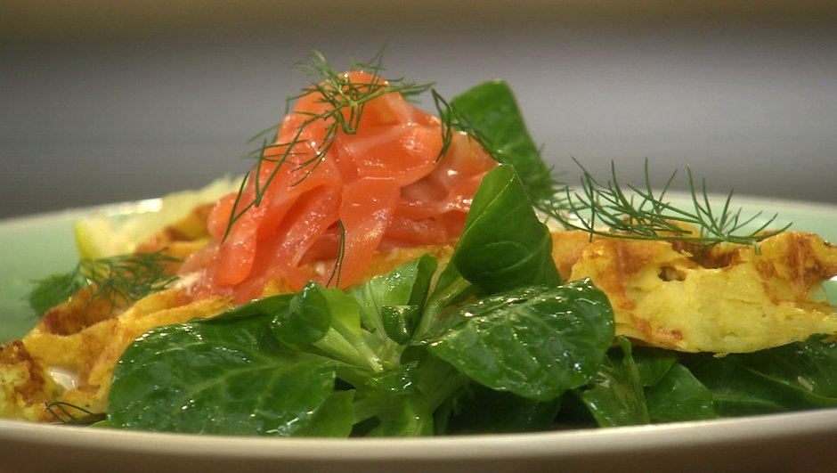 gaufres-de-pommes-de-terre-saumon-fume-a-l-aneth-1996114