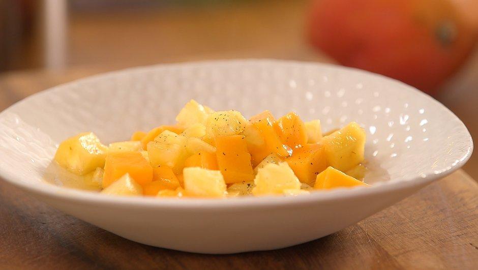 Salade chaude d'ananas et mangue à la vanille
