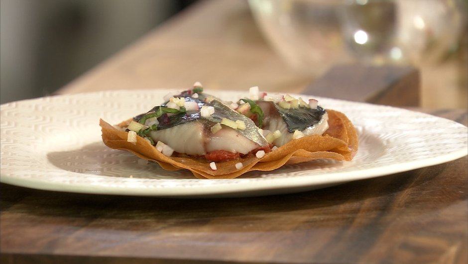 tartelette-feuilletee-aux-maquereaux-a-rhubarbe-6852673