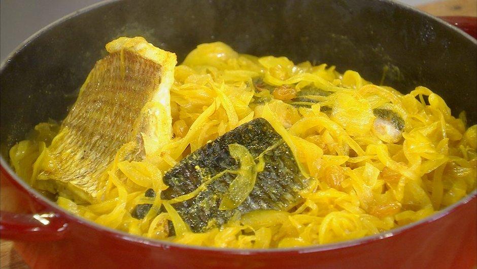 Marmite de poissons aux oignons à l'Oriental