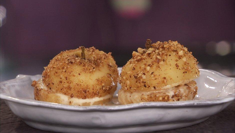 Pommes au sirop de cidre, crème et praliné