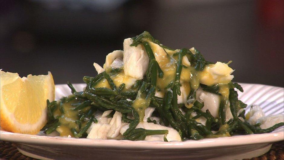 Salade tiède de salicorne et cabillaud en aïoli